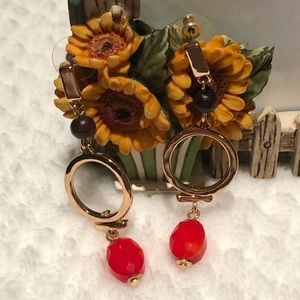 🌟NEW🌟 GOLD WITH RED AND BROWN BEADS EARRINGS